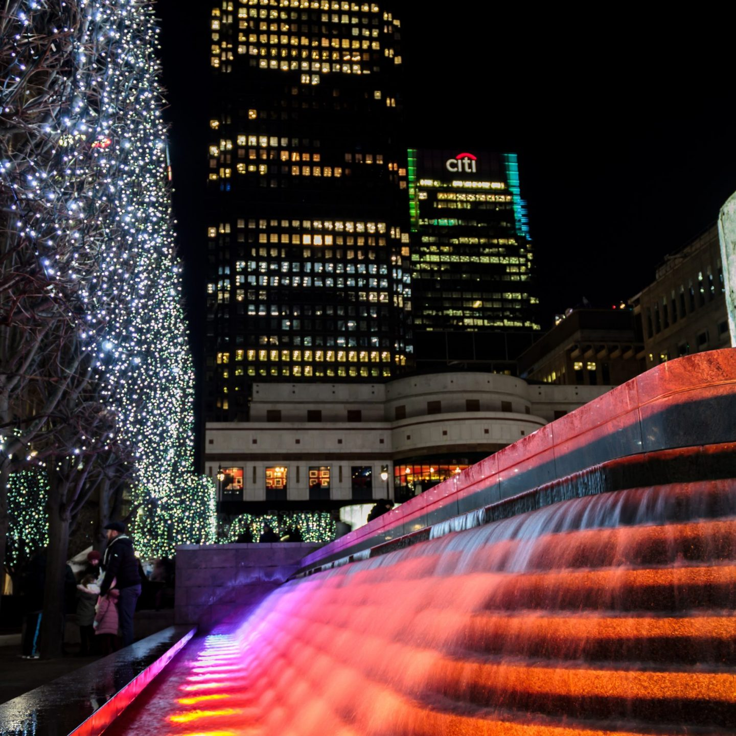 Canary Wharf Winter Lights 2020 - Liquid Sound, Cabot Square, by Entertainment Effects UK 2